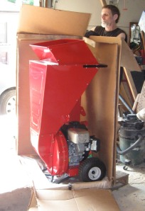 unloading chipper/shredder from box