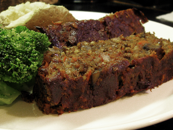 EZ tip: prepare the meatloaf on Sunday then assemble and bake on Monday after work. Nuke some frozen broccoli and a potato and you've got dinner!